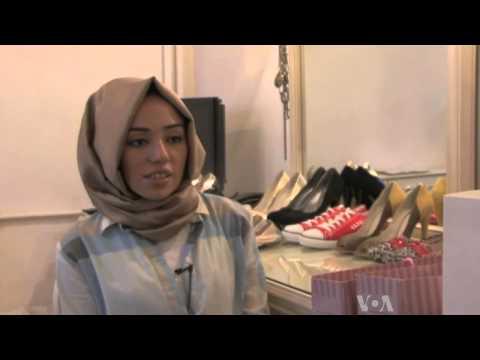 Turkish Fashion Magazine Targets Female Islamic Professionals