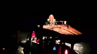 melissa etheridge tribute to david bowie portsmouth music hall nh this is m e solo tour