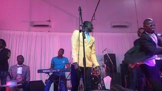 Pape Diouf en live Gambie pencha mi hall