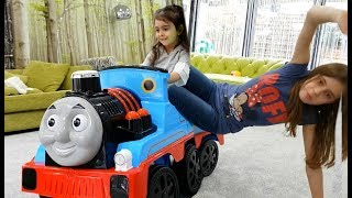 One of Emily Tube's most viewed videos: Having Fun with Thomas Train and Little Tayo Bus