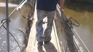 Переход через висячий мост в п.Зура, Удмуртия