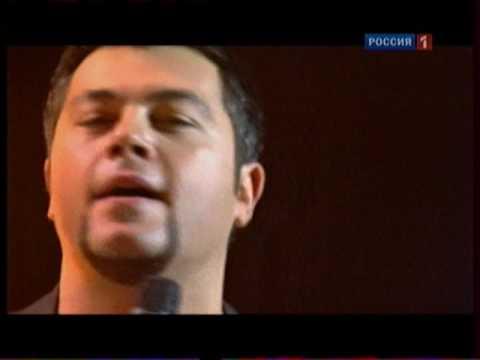 tut-i-tam-chumakov-video-poka-tetki-spyat-ih-trahayut
