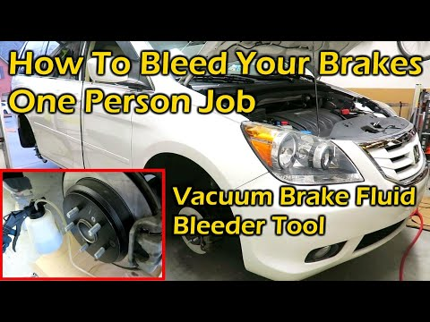 How To Bleed All 4 Brakes By Yourself - Vacuum Brake Fluid Bleeder Tool