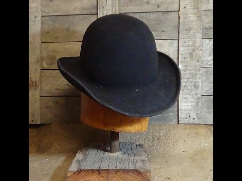 "Birth of ""Cougar's"" Derby  – the blocking of a Derby Hat"