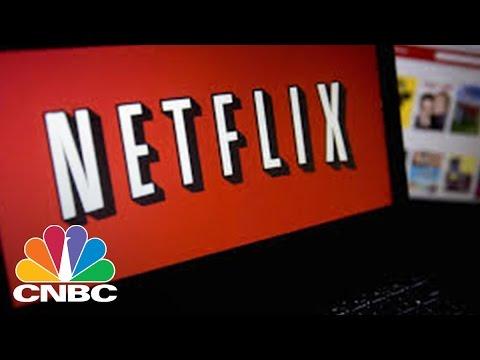 Netflix Beats Street Expectations In Fourth Quarter | Closing Bell | CNBC