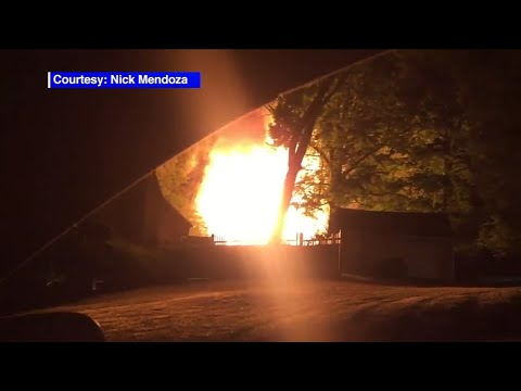 Explosion and fire damages homes in North Plainfield, NJ