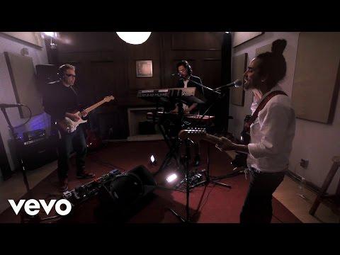 Café Tacvba - Como Te Extraño (VEVO Presents)