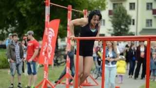 Наталья Витюк - 23 раза - рекорд Беларуси по отжиманиям на брусьях среди девушек - 03.07.14 г.
