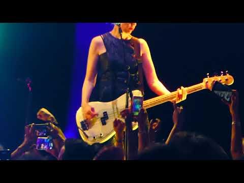 Bikini Kill - Rebel Girl (Hollywood Palladium, L.A. CA 4/25/19)