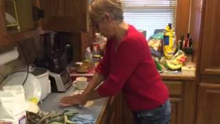 making flour tortillas by hand no palote
