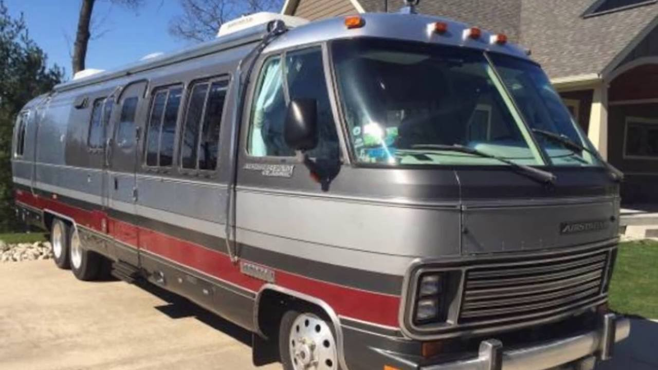 1992 Airstream Classic 350LE Motorhome Vintage Trailer Channel
