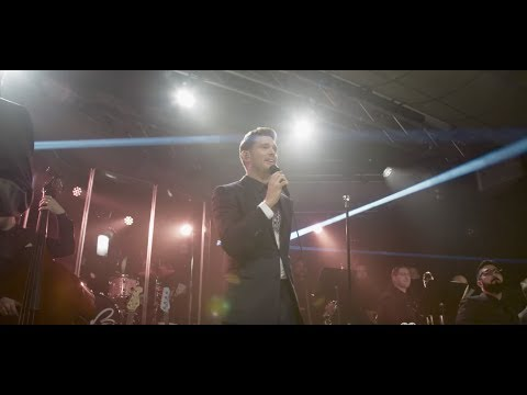 Michael Bublé - Nobody But Me (iHeartRadio Album Release Party 2016) [Official Live Video]