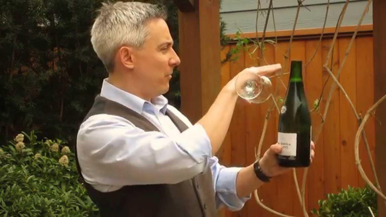 Comment sabrer champagne