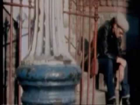 The Clash Guns Of Brixton official video