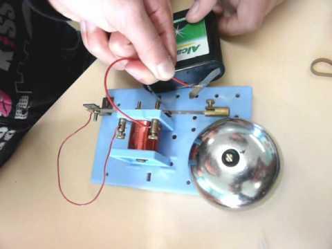 Sonnette lectrique des coffrets g g montage final youtube - Comment brancher une sonnette electrique ...