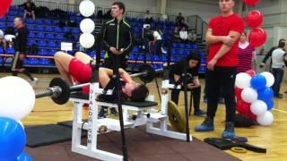 Демченкова Елена, русский жим 35 кг, кат. женщины - 100 повторов, 2 место