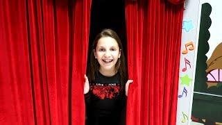 Irochka vrea sa fie ACTRITA! Se duce la Teatru