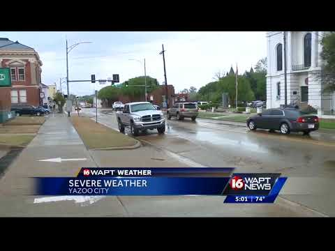 Storms move in to Mississippi