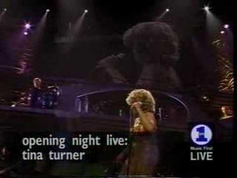 Tina Turner A Fool In Love Live 2000