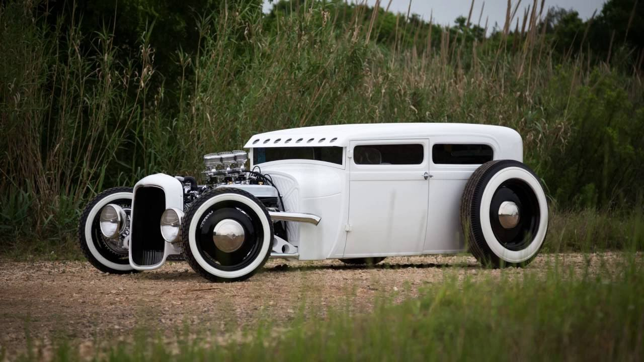 1928 Ford Tudor Hot Rod V8 Tri-Power Offenhauser - YouTube