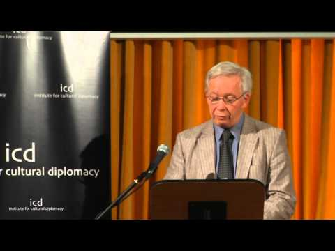 Wiliam Crawley (Senior Fellow, Institute of Commonwealth Studies, University of London)