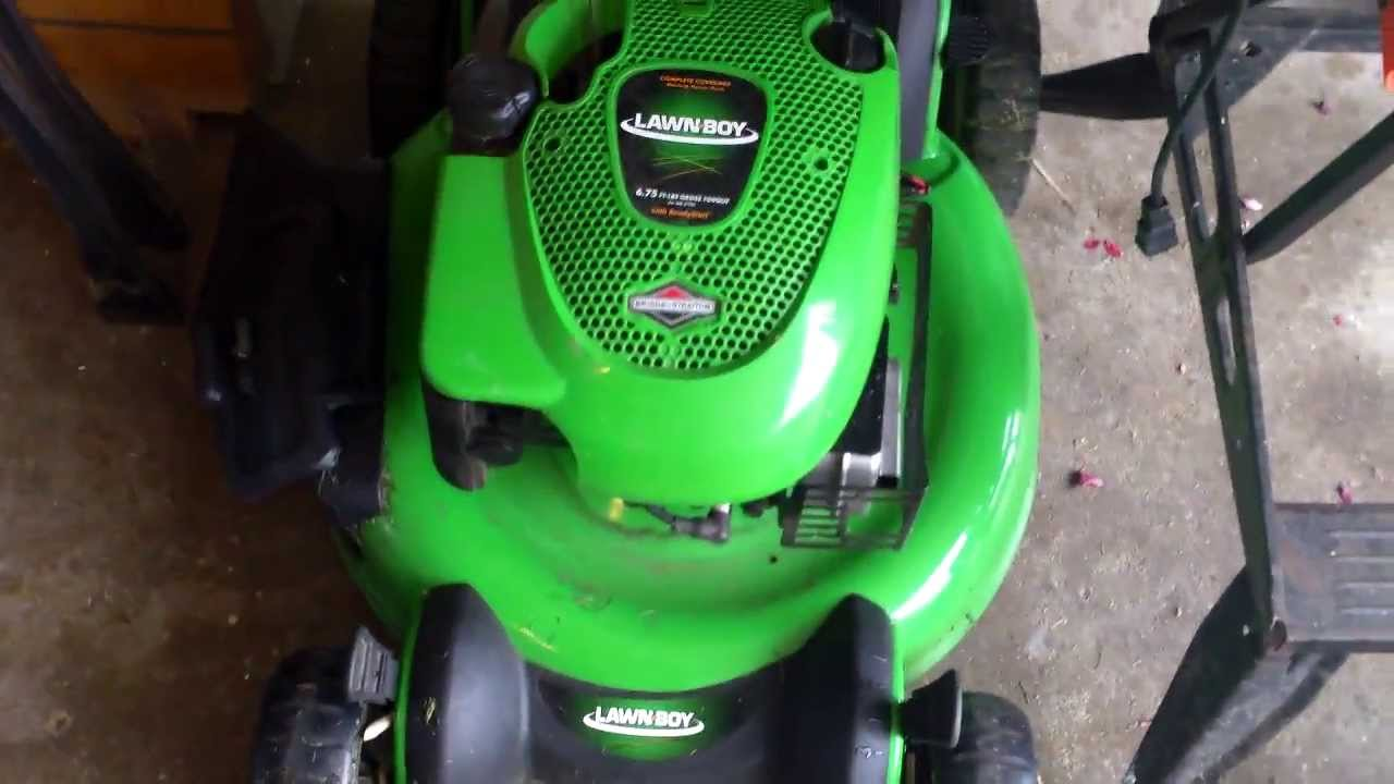 Briggs And Stratton Lawnboy Lawn Mower Youtube