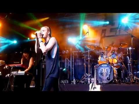 H.E.A.T - Rebel Son - Tribute To Jimi Jamison (Live Firefest 2014)
