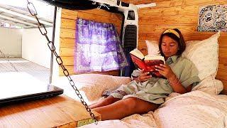 Van Tour bei Nadti Thai - Studentin Baut Eigenen Van Aus