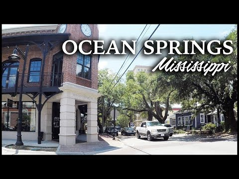 OCEAN SPRINGS MISSISSIPPI DOWNTOWN DRIVE
