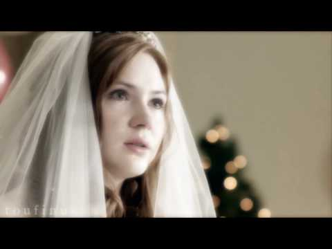 "Amy Pond - ""Something blue..."""