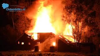 Brandweer massaal uitgerukt voor grote brand Scheemda