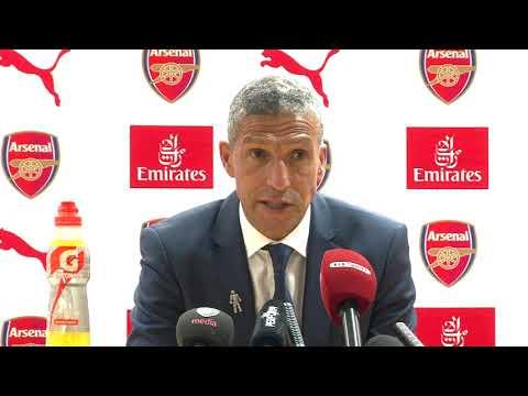 Hughton: Arsene Wenger is Outstanding