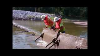 Des Moines Water Works Raises the Flash Boards Along Raccoon River