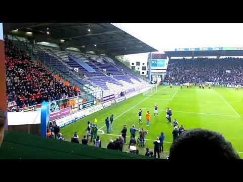 Joren dom krijgt applaus van Antwerp-fans na derby van 't stad