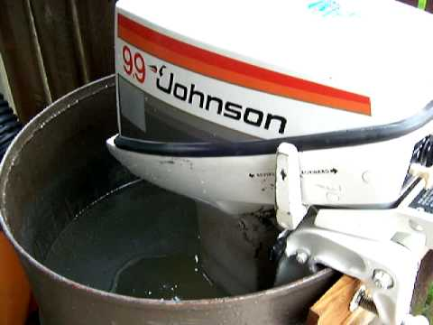 johnson outboard running in test tank new water
