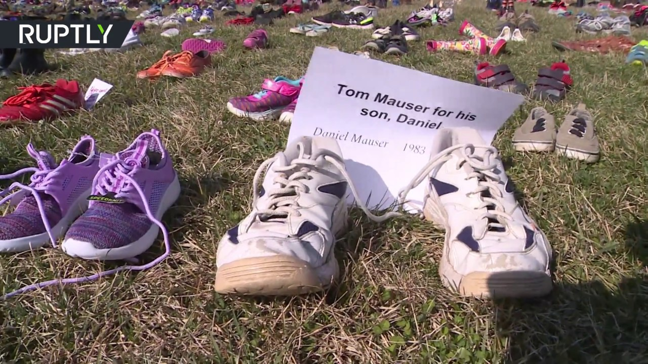 14K empty shoes commemorate all victims of school shootings in US