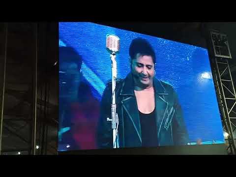 Sukhvinader Singh In Gorakhpur Mahotsav On The Song Of (chal Chaiya Chaiya)