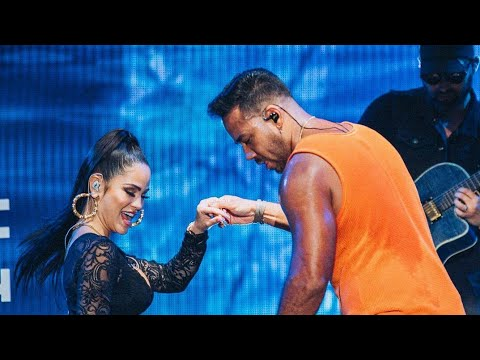 "Romeo Santos and Natti Natasha ""La Mejor Version de Mi"" live/vivo in the Dominican Republic Nov 2019"