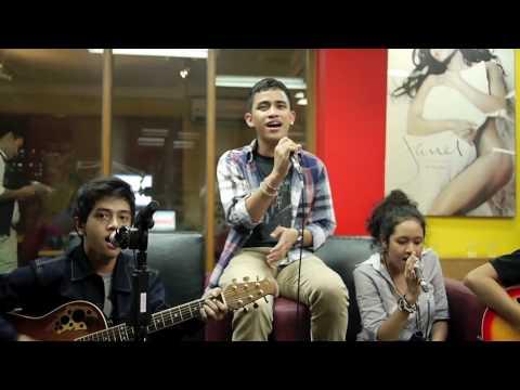 HiVi - Indahnya Dirimu live at @hardrockfm DnJ Playlist