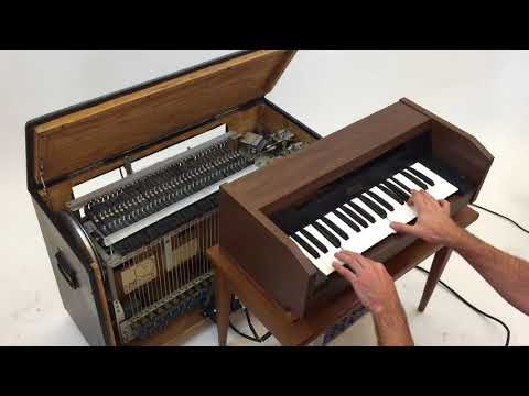 Chamberlin M-1R Keyboard Demo
