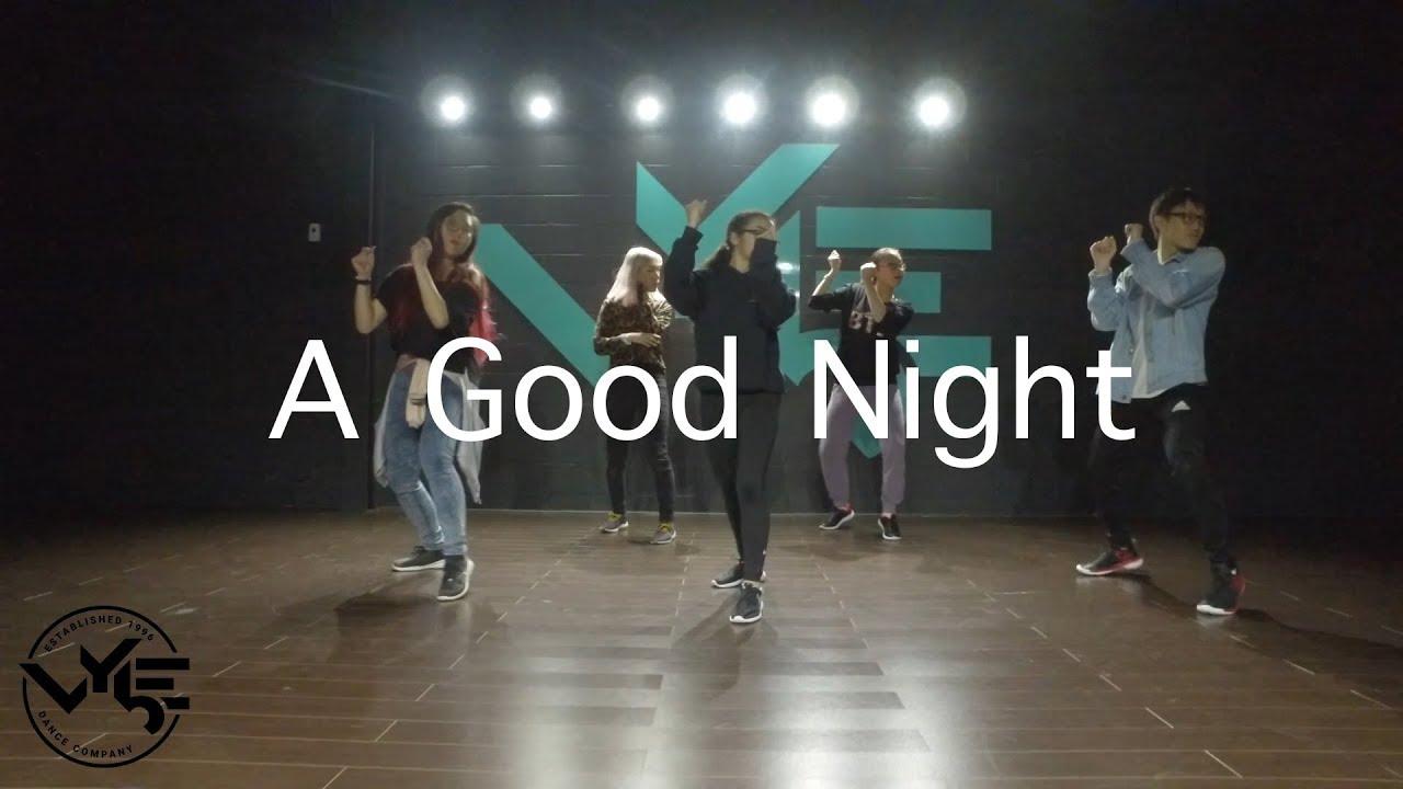 A Good Night @johnlegend // @officiallykay__