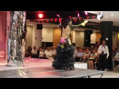 LITA CLAVER LA MAÑA  Pasodoble en Santa Susana Hotel Mercury 01-11-2014