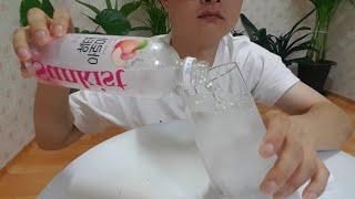 제로칼로리 향기담은물 아로마워터 피치 음료수 먹방 ze…