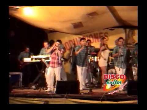 SOLITARIO - MIX EDWIN ALCANTARA 2 / DARWIN TORRES Y ORQUESTA 2013 (MOTUPE)