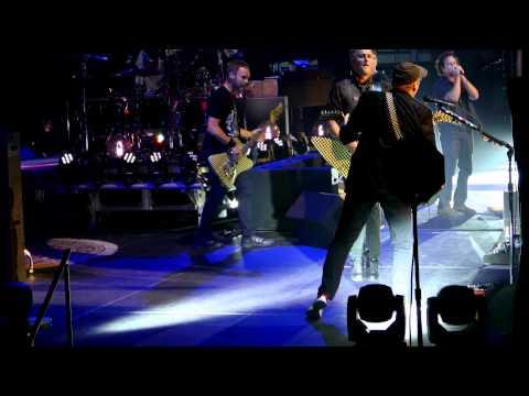 Pearl Jam - Baba O'Riley w/Rick Nielsen - Milwaukee (October 20, 2014) (4K)