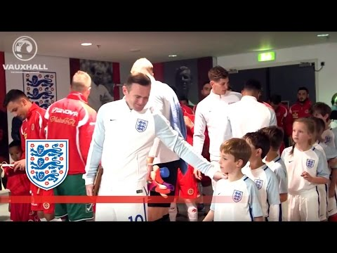 England 2-0 Malta (2018 WCQ) Tunnel Cam f/ Rooney, Sturridge, Alli | Inside Access