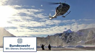 Bergretter üben mit dem Hubschrauber - Bundeswehr