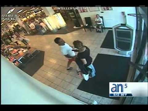 Video muestra a acosador en Dadeland Mall - América TeVé