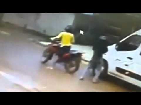Dupla Executa Motorista De Van Em Altamira PA - Leitura Dinâmica 04/04/2014