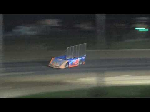 Outlaw Late Models Feature Race at Crystal Motor Speedway, Michigan on 09-04-16.